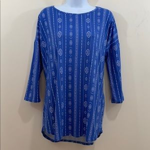 Honey & Lace Long Sleeve Shirt  Size XL